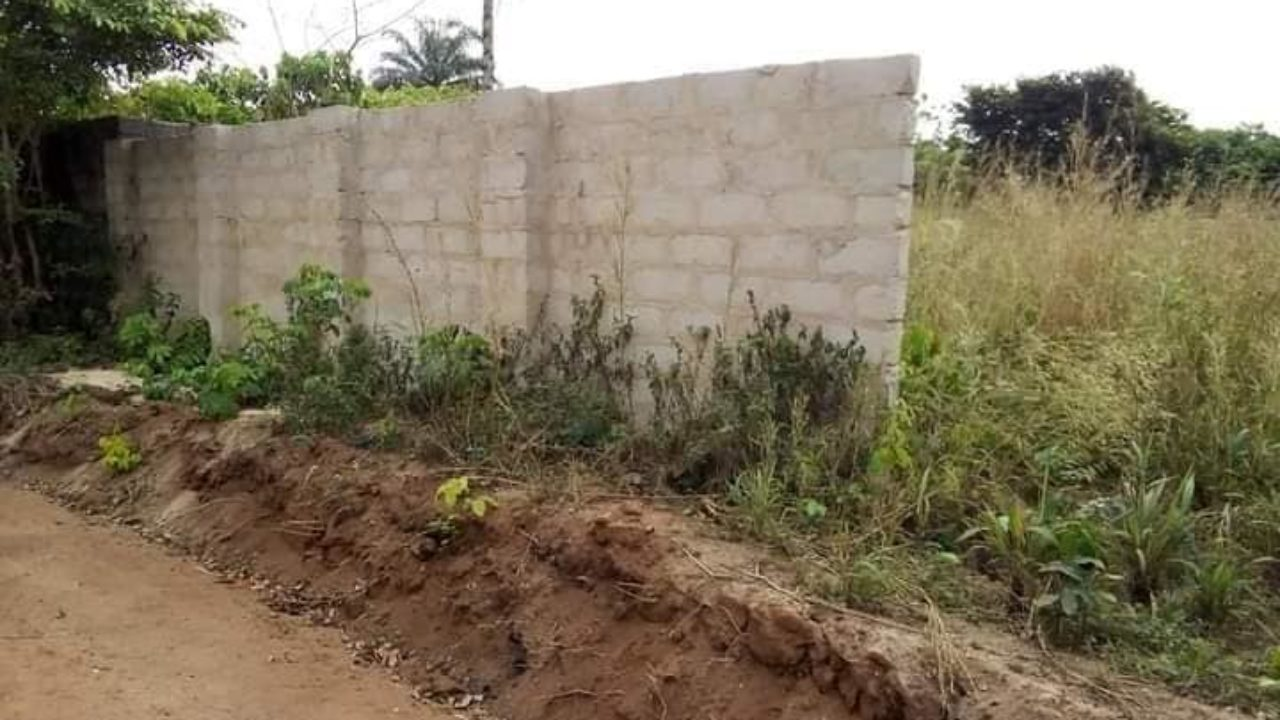 LAND FOR SALE IN UMUGUMA OWERRI-imo properties