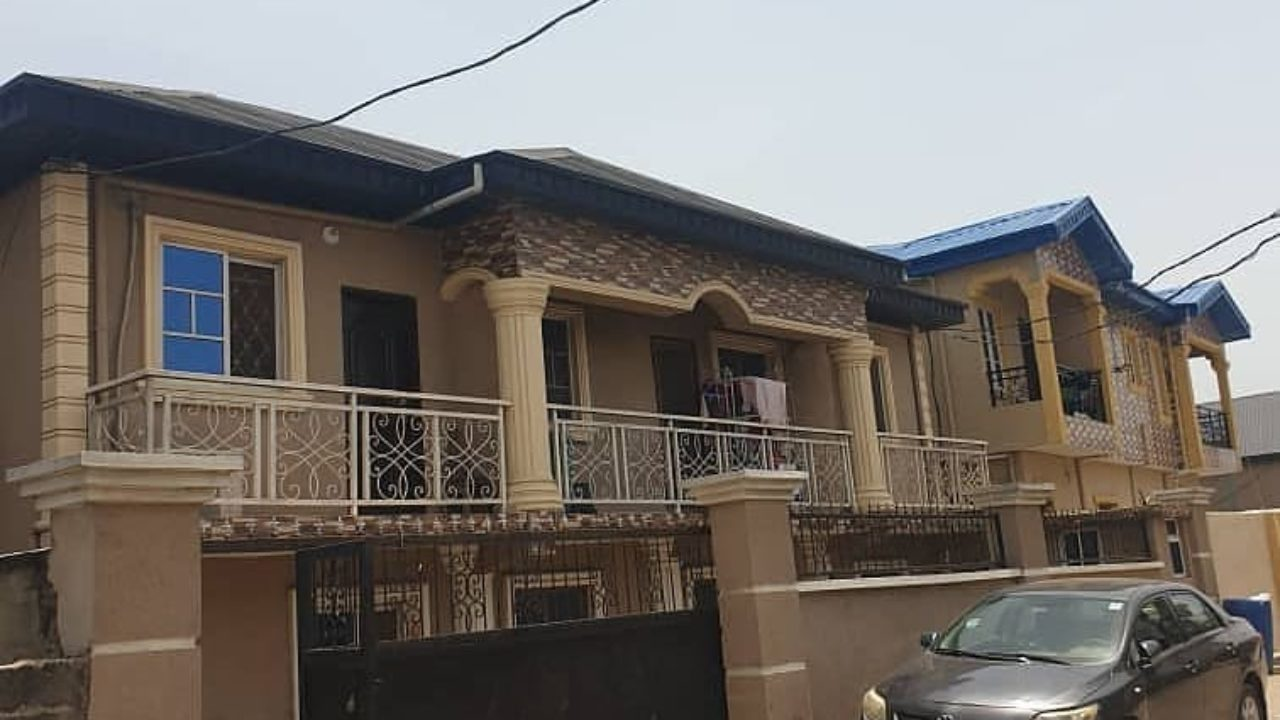 HOUSE & PROPERTY FOR SALE IN SURULERE IJESHA LAGOS