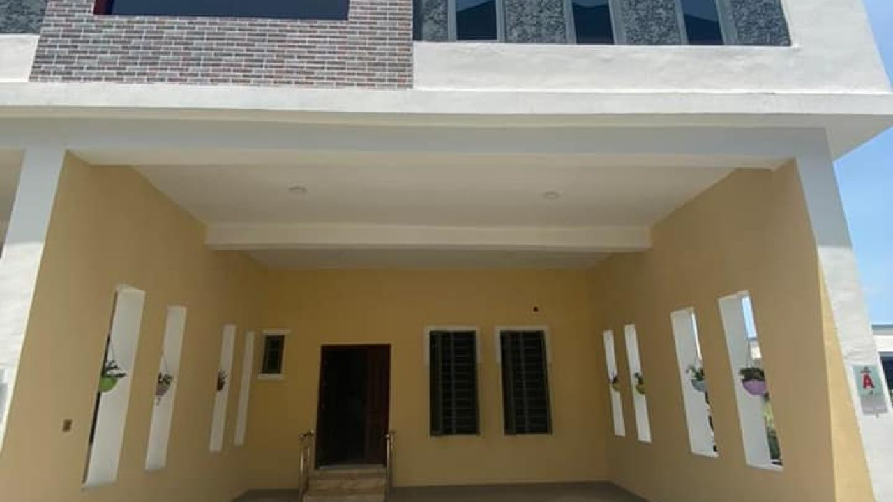 4 bedroom TERRACE duplex in ikota lekki