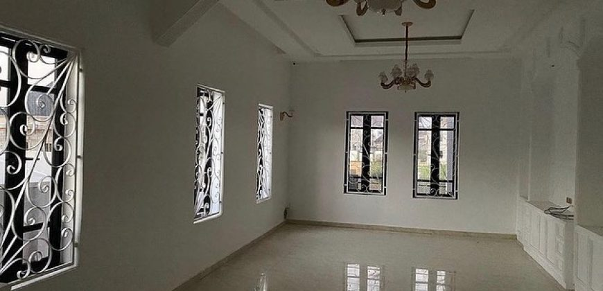 for sale in Gwarinpa 5 bedroom house