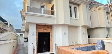 4bedroom semi detached house for sale in ajah