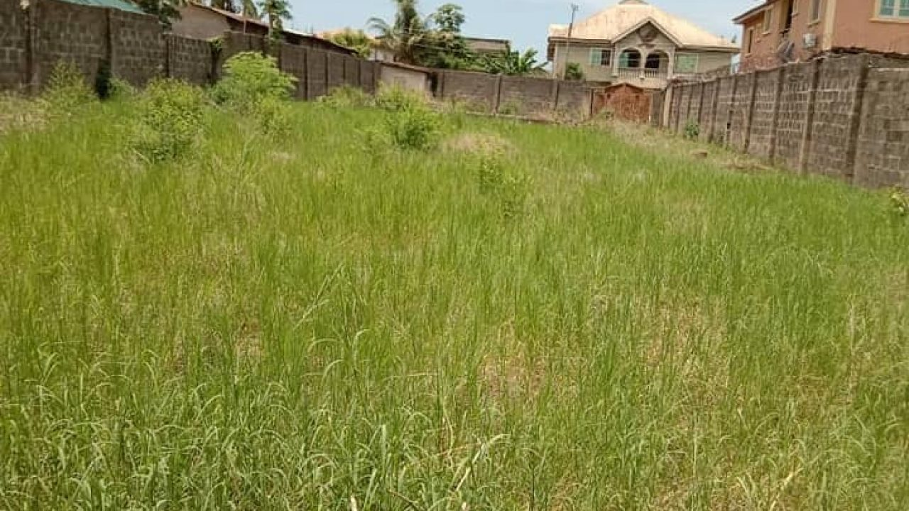 A plot of Land in Awoyaya for sale@ 10m