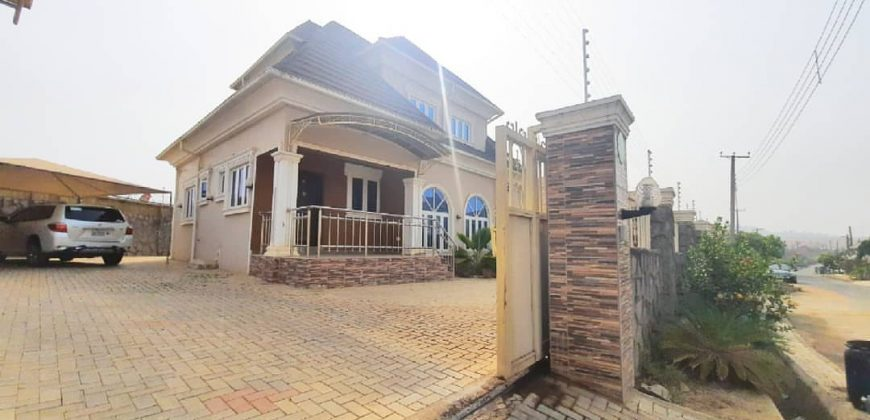 3 bedroom in life camp abuja for sale