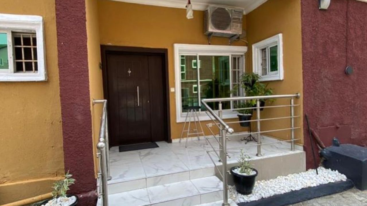 2 bedroom apartment in ikate for sale