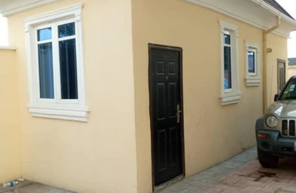 room self contain in ajah for rent